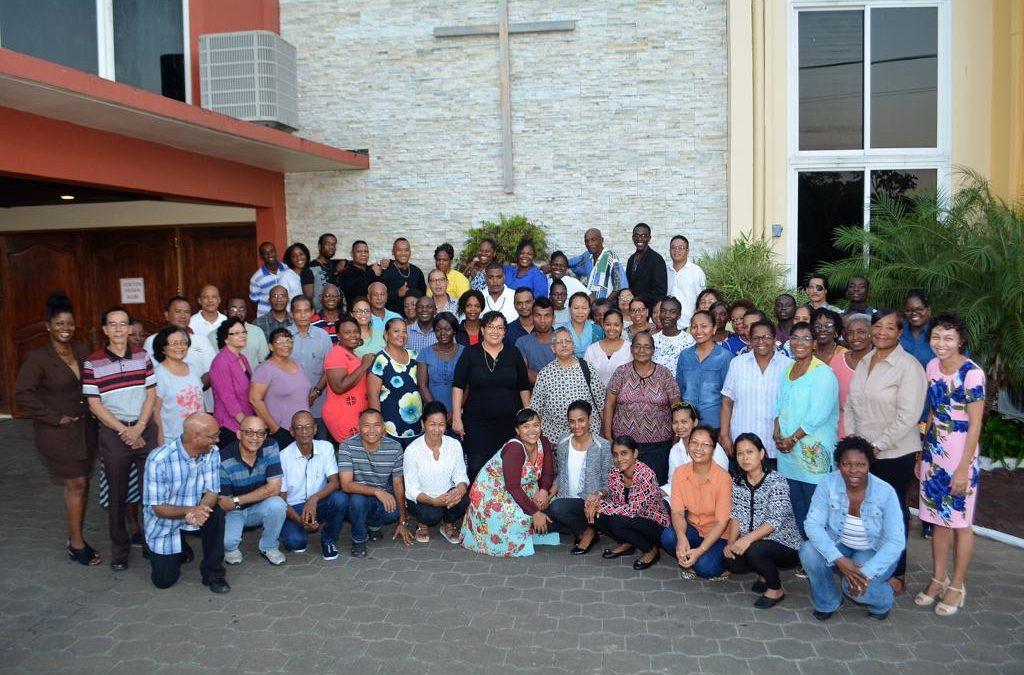 Uitnodiging tot inschrijving op de unieke Bijbelschool